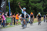 England's Kristian House (One Pro Cycling) wins stage three of the UCI Oceania Tour - NZ Cycle Classic stage three - Carterton circuit in Wairarapa, New Zealand on Friday, 22 January 2016. Photo: Dave Lintott / lintottphoto.co.nz