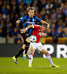 Belgie, Brugge, 26 augustus 2015<br /> Champions League play offs<br /> Seizoen 2015-2016<br /> Club Brugge-Manchester United (0-4)<br /> Ruud Vormer van Club Brugge en Bastian Schweinsteiger van Manchester United strijden om de bal