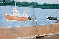EuEurope/France/Picardie/80/Somme/Baie de Somme/ Le Crotoy: détail mur peint représentant des bateaux de pêche en Baie de Somme