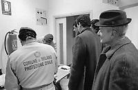 - Milano, centro di emergenza per il ricovero dei senza casa organizzato dal Comune  e dalla Protezione Civile (gennaio 1993)<br /> <br /> - Milan, emergency center to shelter the homeless organized by the Municipality and the Civil Defense (January 1993)