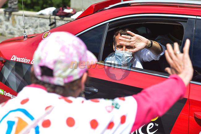 French President Emmanuel Macron guest of ASO during Stage 18 of the 2021 Tour de France, running 129.7km from Pau to Luz Ardiden, France. 15th July 2021.  <br /> Picture: A.S.O./Charly Lopez | Cyclefile<br /> <br /> All photos usage must carry mandatory copyright credit (© Cyclefile | A.S.O./Charly Lopez)