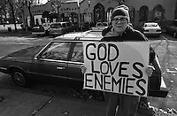 A silent message.  This man, Jim, stands on the corner of a busy intersection displaying his, and Christ's message, to passer-bys. Birmingham, Alabama, USA, December 2003, © Stephen Blake Farrington