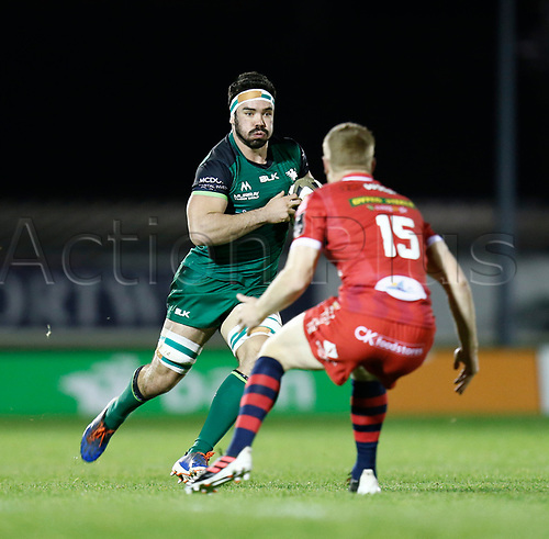 14th November 2020; Galway Sportsgrounds, Galway, Connacht, Ireland; Guinness Pro 14 Rugby, Connacht versus Scarlets; Paul Boyle (Connacht) looks for a way past Johnny McNicholl (Scarlets)