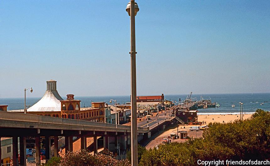 Santa Monica CA: Santa Monica Pier, 1909-1921.  Photo '78.