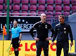 Fussball - 3.Bundesliga - Saison 2020/21<br /> Kaiserslautern -  Fritz-Walter-Stadion 03.04.2021<br /> 1. FC Kaiserslautern (fck)  - FC Halle (hal) 3:1<br /> Trainer Marco ANTWERPEN (1. FC Kaiserslautern), li, und Co-Trainer Frank DOEPPER (1. FC Kaiserslautern)<br /> <br /> Foto © PIX-Sportfotos *** Foto ist honorarpflichtig! *** Auf Anfrage in hoeherer Qualitaet/Aufloesung. Belegexemplar erbeten. Veroeffentlichung ausschliesslich fuer journalistisch-publizistische Zwecke. For editorial use only. DFL regulations prohibit any use of photographs as image sequences and/or quasi-video.