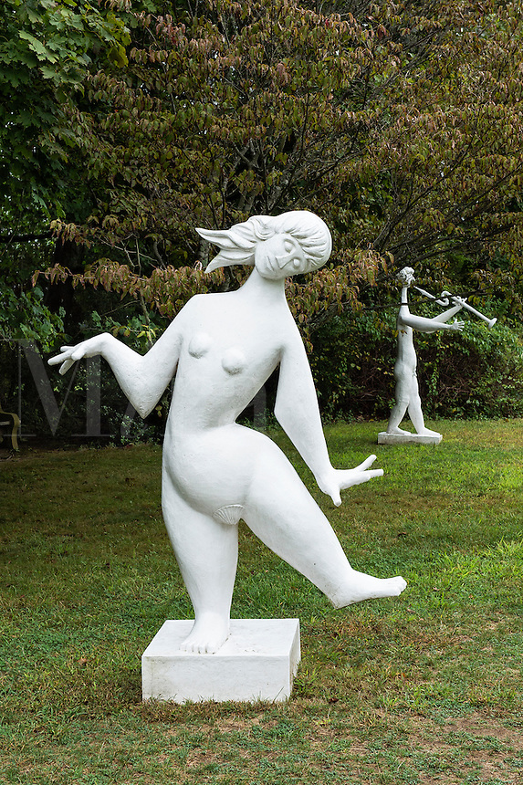 Sculptures, The Field Gallery, Chilmark, Martha's Vineyard, Massachusetts, USA