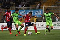BOGOTA - COLOMBIA - 21 - 10 - 2017: Acción de juego entre los equipos Equidad y el Independiente Medellín, durante partido   por la fecha 16 de la Liga Aguila II-2017, jugado en el estadio Metropolitano de Techo de la ciudad de Bogota. / Action game between La Equidad and  Independiente Medellin, during a match between La Equidad and Indepndiente Medellin, for the  date 16nd of the Liga Aguila II-2017 at the Metropolitano de Techo Stadium in Bogota city, Photo: VizzorImage  /Felipe Caicedo / Staff.