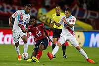 MEDELLIN-COLOMBIA- 15-10-2017. Acción de juego entre los equipos Independiente Medellín y el Atlético Junior  durante encuentro  por la fecha 15 de la Liga Aguila II 2017 disputado en el estadio Atanasio Girardot./ Action game between Independiente Medellin and Atletico Junior during match for the date 15 of the Aguila League II 2017 played at Atanasio Girardot stadium . Photo:VizzorImage / León Monsalve / Contribuidor