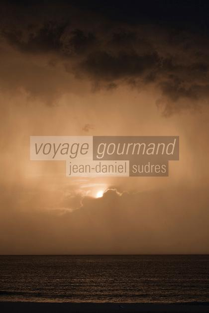 Europe/France/Aquitaine/40/Landes/Hossegor: Lumière d'orage sur l'Océan