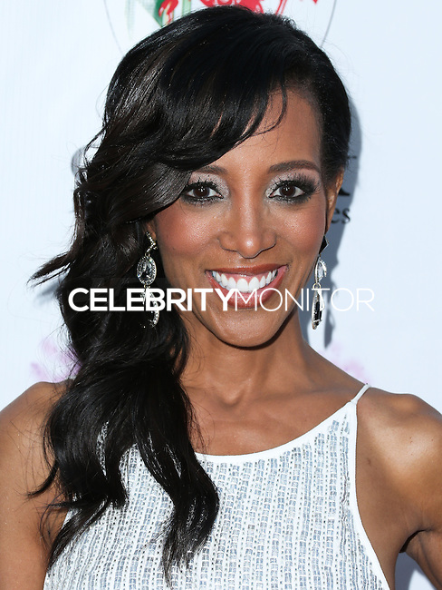 BEVERLY HILLS, CA, USA - SEPTEMBER 13: Shaun Robinson arrives at the Brent Shapiro Foundation For Alcohol And Drug Awareness' Annual 'Summer Spectacular Under The Stars' 2014 held at a Private Residence on September 13, 2014 in Beverly Hills, California, United States. (Photo by Xavier Collin/Celebrity Monitor)