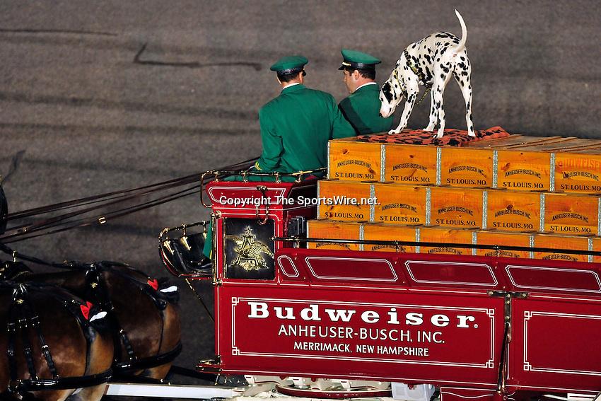 Feb 07, 2009; 7:17:39 PM;  Daytona Beach, FL. USA; NASCAR Sprint Cup Series race at the Daytona International Speedway for the  Budweiser Shootout.  Mandatory Credit: (thesportswire.net)