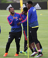 BOGOTÁ - COLOMBIA, 21-05-2019:Yerry Mina (Der.) ,Edwin Cardona (Izq.) y Jeferson Lerma (Centro) jugadores de la selección Colombia de fútbol de mayores durante el entrenamiento en la  sede de la carrera 30 con calle 64,rumbo a la Copa America de Brasil 2019. / Yerry Mina,Edwin Cardona and Jefferson Lerma  players of the Colombia national soccer team during the training for the Copa America of Brazil 2019. Photo: VizzorImage / Felipe Caicedo / Staff.