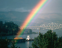 USA, Oregon, Tugboat pulling barge of woodchips on the Columbia River at Cascade Locks. Credit as: Steve Terrill / Jaynes Gallery / DanitaDelimont.com