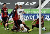 goal, Tor zum 2:1 für Bas Dost (Eintracht Frankfurt)<br /> - 03.10.2020: Fussball  Bundesliga, Saison 20/21, Spieltag 3, Eintracht Frankfurt vs. TSG 1899 Hoffenheim, emonline, emspor, v.l. Deutsche Bank Park<br /> Foto: Marc Schueler/Sportpics.de <br /> Nur für journalistische Zwecke. Only for editorial use. (DFL/DFB REGULATIONS PROHIBIT ANY USE OF PHOTOGRAPHS as IMAGE SEQUENCES and/or QUASI-VIDEO)