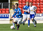 St Johnstone v Morton....02.05.09.Kevin Moon pulls away from Kevin Finlayson.Picture by Graeme Hart..Copyright Perthshire Picture Agency.Tel: 01738 623350  Mobile: 07990 594431