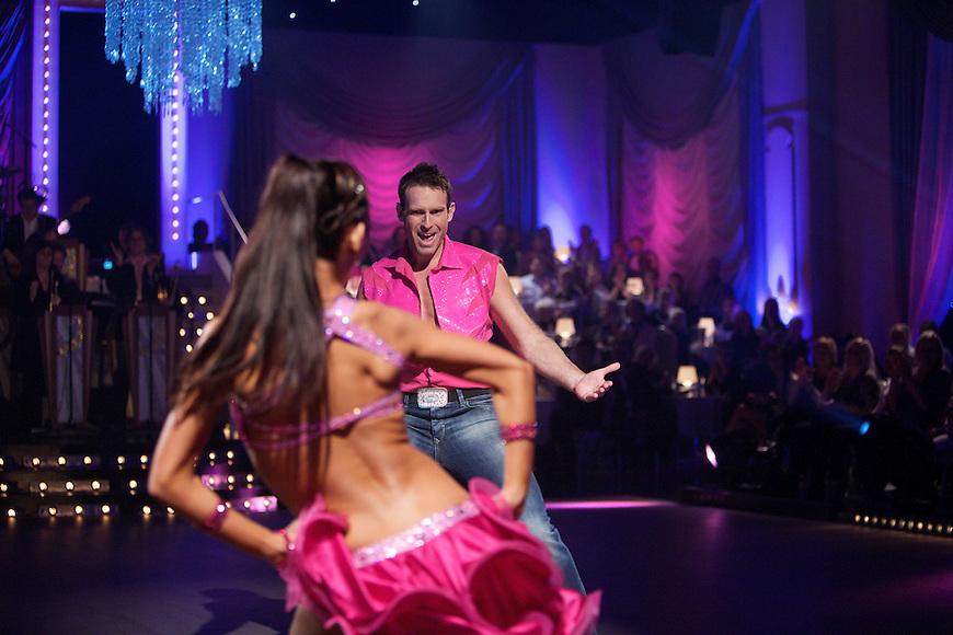 Oslo, 20091017. Skal vi danse. Carsten Skjelbreid.