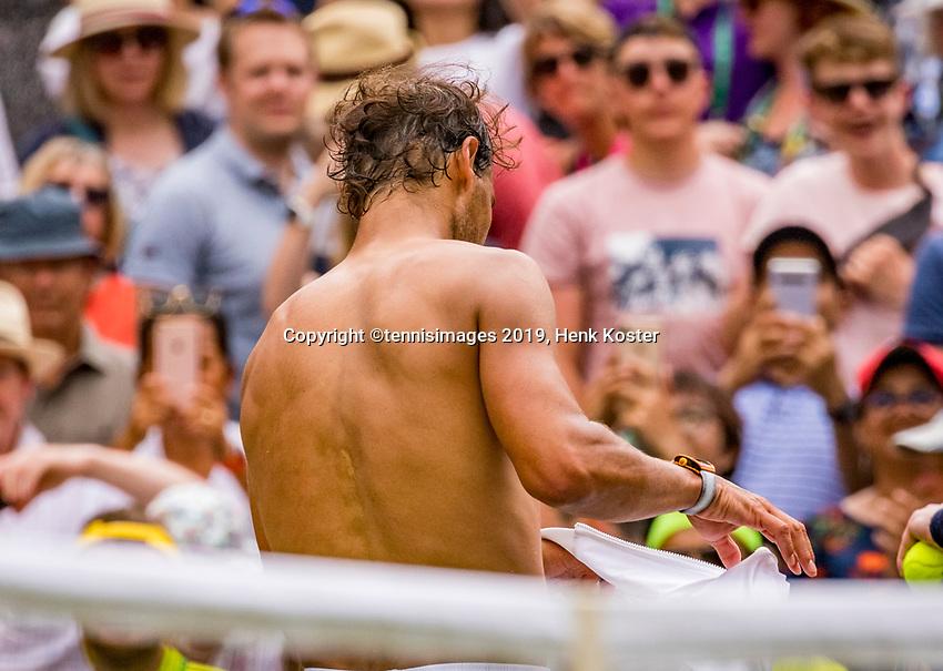 London, England, 8 July, 2019, Tennis,  Wimbledon, Men's doubles Jean-Julian Rojer (NED) and Horia Tecau (ROU)<br /> Photo: Henk Koster/tennisimages.com