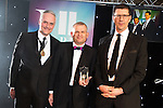 © Joel Goodman - 07973 332324 . 03/03/2016 . Manchester , UK . Michael Hardacre , president of Manchester Law Society , Team of the Year Litigation (obo Eversheds ) SIMON CHAMBERLAIN (centre) . The Manchester Legal Awards from the Midland Hotel . Photo credit : Joel Goodman