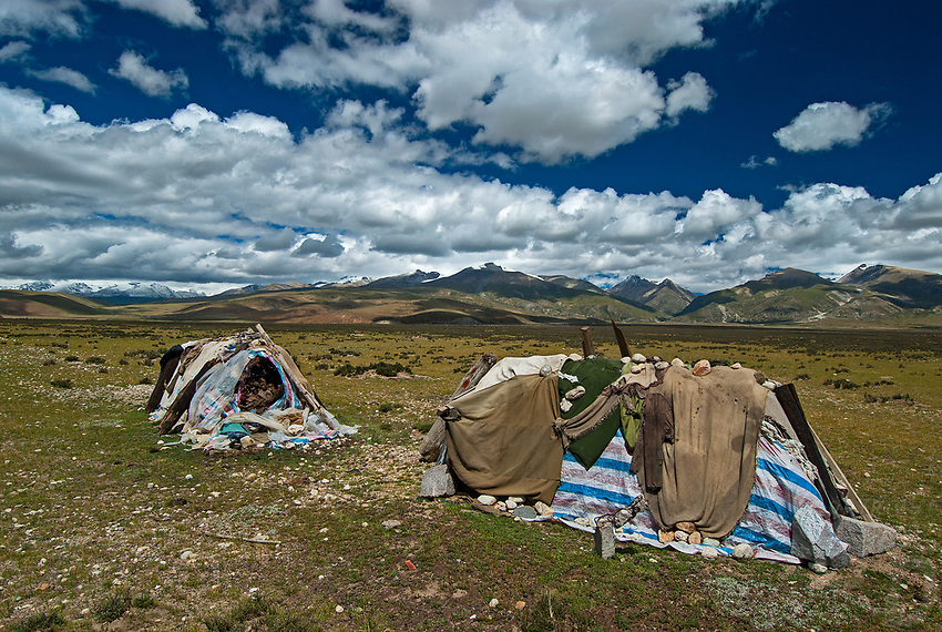 Storing and drying of Yak Dunk on the Tibetan Plateau, Tibet, China
