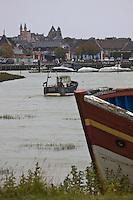 EuEurope/France/Picardie/80/Somme/Baie de Somme/ Le Crotoy: La Sation et les bateaux de pêche