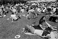 Le stade quasi désert vers le 2 aout 1976, apres les jeux olympiques.<br /> <br />  PHOTO : Alain Renaud - Agence Québec Presse.