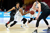 11-02-2021: Basketbal: Donar Groningen v Apollo Amsterdam: Groningen  Donar speler Jarred Ogungbemi-Jackson sprint langs Apollo speler Keyshawn Bottelier