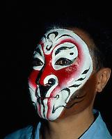 China, Peking, Pekingoper, in der Maske, Rolle des Affenkönigs
