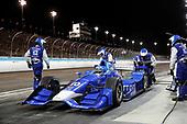 Verizon IndyCar Series<br /> Desert Diamond West Valley Phoenix Grand Prix<br /> Phoenix Raceway, Avondale, AZ USA<br /> Saturday 29 April 2017<br /> Tony Kanaan, Chip Ganassi Racing Teams Honda pit stop<br /> World Copyright: Michael L. Levitt<br /> LAT Images