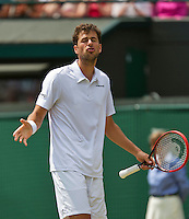 England, London, Juli 02, 2015, Tennis, Wimbledon, Robin Haase (NED) shows his frustration in his match against Murray (GBR)<br /> Photo: Tennisimages/Henk Koster