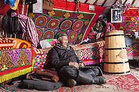 Asia Mongolia, Altai mountain,Bugat Soum,, the hunter ,75 old Karmenkhan