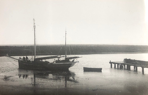 Ilen in the Falklands at George Island jetty in 1948