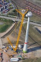 Windkraft Neubau: EUROPA, DEUTSCHLAND, HAMBURG, (GERMANY), 10.04.2009:Hamburg Altenwerder, Enercon Typ E-112, Wind, Windkraft, Windrad, Windmuehlen, Windgeneratoren, Windturbinen, alternative Energie, erneuerbar, Anlage, Windenergie, Windenergieanlage, WEA, Kraftwerk, Windkraftanlage, Windkraftwerk, Wind-Kraftwerk, regenerative Energiequelle, Energiebedarf, Ressourcen, elektrischer Strom, Stromerzeugung, Stromquelle, dezentrale Energieversorgung, Energiegewinnung, kommunal, Wirtschaft, Energiewirtschaft, Elektrizitaet, Industrie, Investition, Umwelt, umweltfreundlich, Umweltpolitik, Landschaft,  Oekologie, Ueberblick, Uebersicht, Deutschland, Windraeder, Windmuehlen, Elektrizitaet, Neubau, Aufbau, Montage, montieren, Krahn, <br />c o p y r i g h t : <br />A U F W I N D - L U F T B I L D E R . de<br />G e r t r u d - B a e u m e r - S t i e g 1 0 2,<br />2 1 0 3 5 H a m b u r g , G e r m a n y <br />P h o n e + 4 9 (0) 1 7 1 - 6 8 6 6 0 6 9<br />E m a i l H w e i 1 @ a o l . c o m <br />w w w . a u f w i n d - l u f t b i l d e r . d e<br />K o n t o : P o s t b a n k H a m b u r g <br />B l z : 2 0 0 1 0 0 2 0  K o n t o : 5 8 3 6 5 7 2 0 9<br />C o p y r i g h t n u r f u e r j o u r n a l i s t i s c h Z w e c k e, keine P e r s o e n l i c h ke i t s r e c h t e v o r h a n d e n, V e r o e f f e n t l i c h u n g n u r m i t H o n o r a r n a c h M F M, N a m e n s n e n n u n g u n d B e l e g e x e m p l a r !