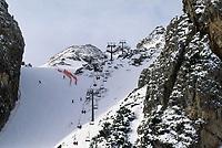 - Cortina d'Ampezzo, la pista, Olympia delle Tofane, sede delle gare di sci alpino<br /> <br /> - Cortina d'Ampezzo, ski run Olympia delle Tofane, site of the alpine skiing events