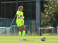 Standard's Lisa Petry (21)  with the ball during a female soccer game between Standard Femina de Liege and Oud Heverlee Leuven on the second matchday of the 2020 - 2021 season of Belgian Scooore Women s SuperLeague , saturday 5 th of September 2020  in Angleur , Belgium . PHOTO SPORTPIX.BE | SPP | SEVIL OKTEM