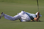 Dubai World Championship Golf. Earth Course,.Jumeirah Golf Estate, Dubai, U.A.E...Camilo Villegas lines up his putt on the 5th during the second round of the Dubai World Golf championship..Photo: Fran Caffrey/www.golffile.ie...