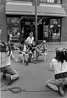 Gerry Boulet et Lucien Francoeur en entrevue a Musique Plus le 28 mai 1987                    .              <br /> <br /> PHOTO : Pierre Roussel -  Agence Quebec Presse