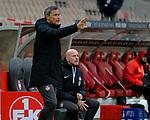 Fussball - 3.Bundesliga - Saison 2020/21<br /> Kaiserslautern -  Fritz-Walter-Stadion 07.04.2021<br /> 1. FC Kaiserslautern (fck)  - FSV Zwickau (zwi) 2:2<br /> Co-Trainer Frank DOEPPER (1. FC Kaiserslautern), li, - Trainer Marco ANTWERPEN (1. FC Kaiserslautern)<br /> <br /> Foto © PIX-Sportfotos *** Foto ist honorarpflichtig! *** Auf Anfrage in hoeherer Qualitaet/Aufloesung. Belegexemplar erbeten. Veroeffentlichung ausschliesslich fuer journalistisch-publizistische Zwecke. For editorial use only. DFL regulations prohibit any use of photographs as image sequences and/or quasi-video.