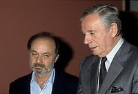 FILE PHOTO -  Le realisateur Claude Berri et L'acteur Yves Montant<br /> en Octobre 1986<br /> <br /> <br /> PHOTO :   Agence quebec Presse