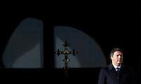 Il presidente del consiglio Matteo Renzi arriva alla messa di Papa Francesco in occasione della conclusione del Giubileo della Misericordia, in Piazza San Pietro, Citta' del Vaticano, 20 novembre 2016.<br /> Italian Premier Matteo Renzi arrives for the Pope Francis' Mass on the occasion of the conclusion of the Jubilee of Mercy, in St. Peter's Square at the Vatican, 20 November 2016.<br /> UPDATE IMAGES PRESS/Isabella Bonotto<br /> <br /> STRICTLY ONLY FOR EDITORIAL USE