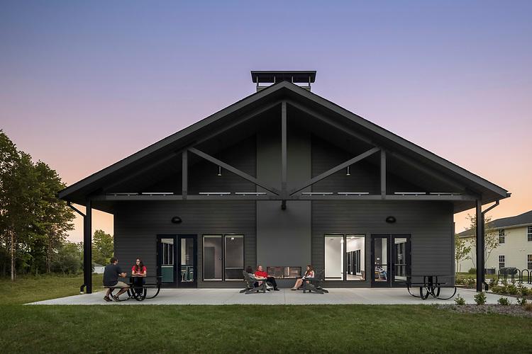 The Ohio State University Mansfield Moylet Village Community Building | WSA Studio