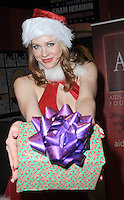 Art Hearts Fashion PopUp Store for XMas