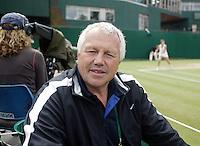 3-7-07,England, Wimbldon, Tennis, Petr Krajicek met op de achtergrond  Michaella Krajicek