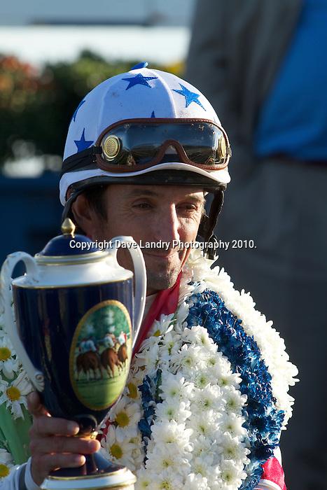 Thoroughbred Racing 2010 - Woodbine Mile