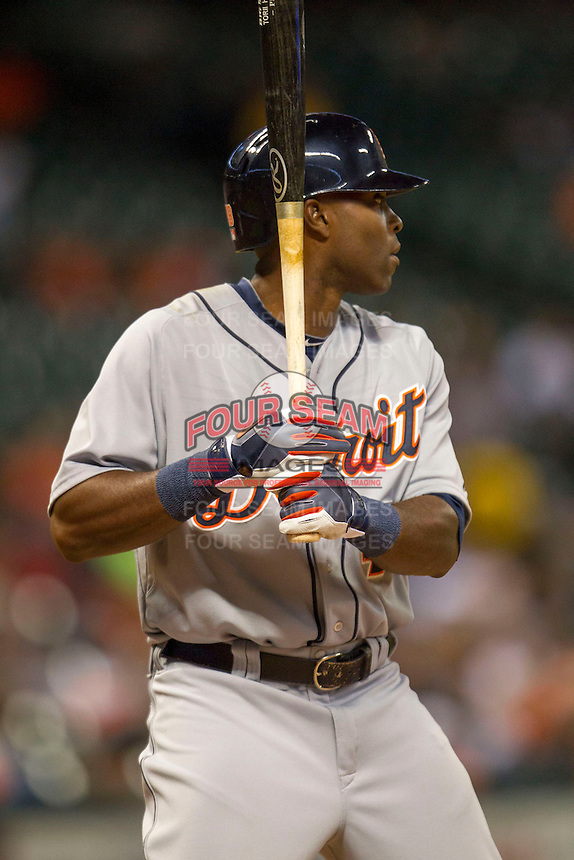 Detroit Tigers outfielder Torii Hunter (48) at bat during the MLB baseball game against the Houston Astros on May 3, 2013 at Minute Maid Park in Houston, Texas. Detroit defeated Houston 4-3. (Andrew Woolley/Four Seam Images).