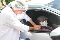 CURITIBA, PR, 10.02.2021 Vacinacao em curitiba-  Comecou nessa quarta feira (10) , a vacinacao para os idosos acima de 90 anos , no santuario do estacionamento do boqueirao ao lado do terminal do carmo .