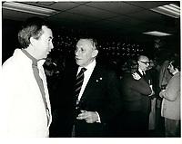 Joe Ckark et Sam Berger, proprietaire des ALOUETTES de Montreal<br /> , 1979<br /> <br /> PHOTO : Agence Quebec Presse <br /> <br /> <br /> <br /> <br /> <br /> PHOTO :   Agence Quebec Presse