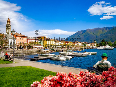 Schweiz, Tessin, Ascona: Hafen und Promenade am Lago Maggiore | Switzerland, Ticino, Ascona: harbour and promenade at Lago Maggiore