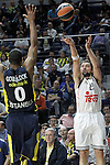 Real Madrid's Sergio Llull (r) and Fenerbahce Ulker Istambul's Andrew Goudelock during Euroleague Semifinal match. May 15,2015. (ALTERPHOTOS/Acero)