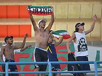 MONTERIA - COLOMBIA -25 -02-2015: Hinchas de Once Caldas animan a su equipo durante partido entre Jaguares FC y Once Caldas por la fecha 6 de la Liga Aguila I-2015, jugado en el estadio Municipal de Monteria de la ciudad de Monteria. /Fans of M Once Caldas cheer for their team during a match between Jaguares FC and Once Caldas for the  date 6 of the Liga Aguila I-2015 at the Municipal de Monteria Stadium in Monteria city, Photo: VizzorImage  / Jose Perdomo / Cont.