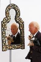 Michel Girouard et son chien, <br /> date inconnue, <br /> probablement au début des années 2000